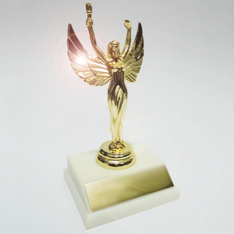 Статуэтка Премия «Ника» на квадратной подставке